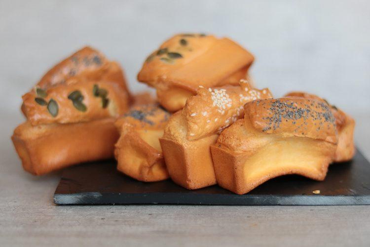 Mini broodjes met mini bakvorm!