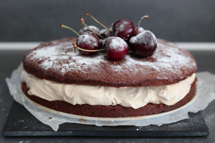 Koolhydraatarme chocolade-mokka taart!